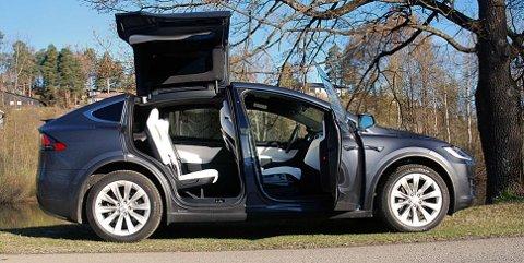 SALGSSUKSESS: 1.000 nye Tesla Model X-eiere i Norge i september, det merkes godt på registreringsstatistikken.