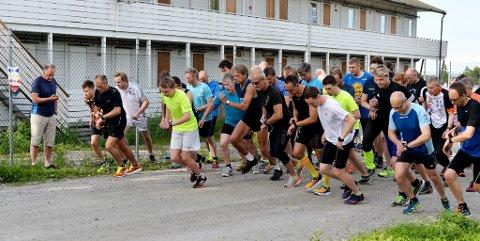 STOR INNSATSVILJE: Som vanlig lyste det innsatsvilje av deltakerne i Torsdagsløpet.