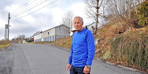 PROVOSERENDE: Rolv E. Gladsø ba en hundeeier plukke opp etter seg, da eskalerte ting kjapt.