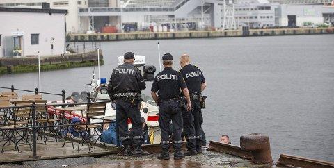Politiet fant i går en død kvinne i sjøen ved Verftet. Det var en stund usikkerhet rundt om hun hadde blitt utsatt for noe kriminelt.