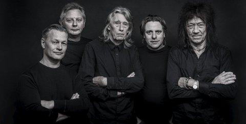 Fender Benders: Fra venstre Inge Gundersen - bass, Terje Severinsen - gitar, Bjørn Kristiansen- gitar, Truls Andersen - trommer og Øivin Fjeld -gitar.foto: geir a . carlsson
