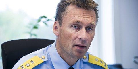 Mer effektivt: Politimester Steven Hasseldal sender i dag etterforskere til barnehuset i Oslo, hvor kapasiteten er sprengt.  Hvor raskt huset i Østfold kan komme på plass avhenger blant annet av om man velger å bygge nytt eller å flytte inn i eksisterende lokaler, og av rekruttering av ansatte fra ulike faggrupper.arkivfoto: Trond Thorvaldsen