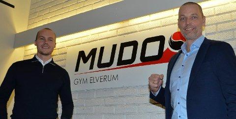 NY EIER: Stig Lyshaug (til høyre) er ny eier av Mudo Gym Elverum. Morten Ring Christensen, som etablerte Mudo Gym Elverum i 2015, har solgt seg ut for et ukjent beløp.