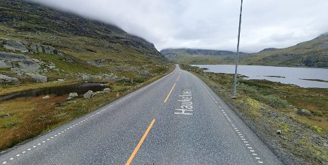 E 134 over Haukelifjell, her ved Ulevåvatnet ble en mann fotgjenger i forrige måned.