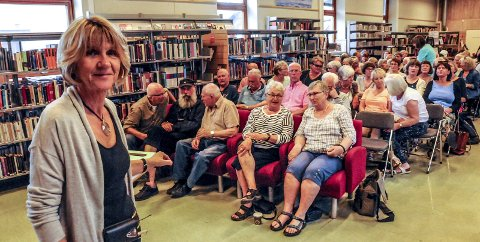 Foredrag: Tone Seim holdt et meget interessant foredrag om Kragerø-dialekten på biblioteket i jubileumsåret.Arkivfoto: Jimmy Åsen