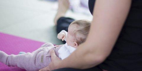 Illustrasjonsbilde frå arkivet, nærare bestemt frå baby-yoga i Rosendal i september i fjor.