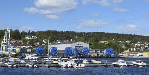 Storkontrakt: Aker Solutions i Moss skal produsere 250 kilometer med styringskabler.