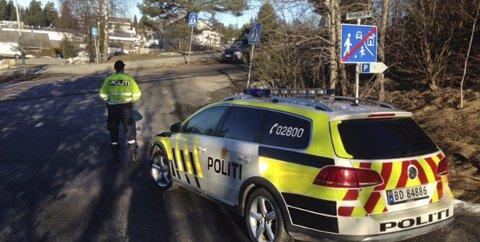 Kontroll: Beboerne rundt i Follo er glade for politiets tilstedeværelse. Beboerne på Bøleråsen, ser gjerne at de kommer flere turer. FOTO: POLITIET