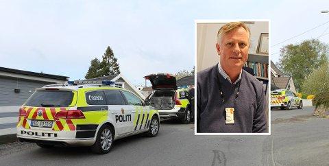 Erik Ulfeng Hansen (innfelt), avdelingsdirektør for virksomhetsstyring i Øst politidistrikt, skulle gjerne fornyet bilparken, men det koster mye penger i et ellers stramt budsjett.