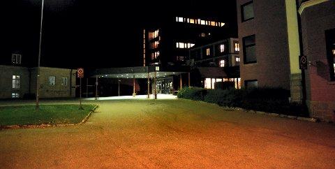 FLERE BRUDD: Fylkesmannen i Hedmark konkluderer med flere brudd på spesialisthelsetjenesteloven ved Sykehuset Innlandet i Elverum.