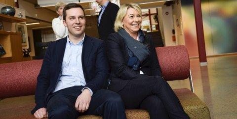 Daglig leder Olav Tronrud ved Tronrud Engineering var fornøyd med å få ta imot næringsminister Monica Mæland (H) til møte og omvisning i bedriften fredag.