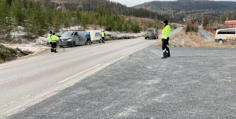 Bruflat: Statens vegvesen hadde kontroll på fylkesveg 251 ved Bruflat.
