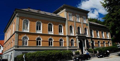 Bachelorstudentene ved Kunst- og designhøgskolen i Bergen (KHiB) har høyest fullføringsprosent i landet.