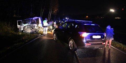 Det var torsdag morgen to lastebiler kolliderte i Borge.