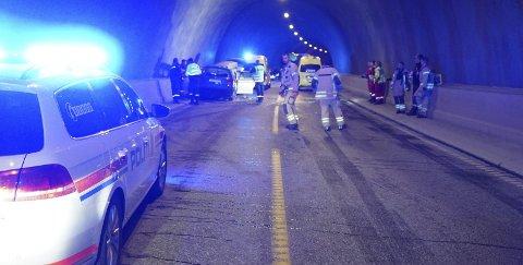 Dødsulykke: Politiet bekrefter at ulykessjåføren ikke hadde førerkort. Også veivesenet gjør grundige undersøkelser for å finne årsaken til ulykken.Foto: Fritz Hansen