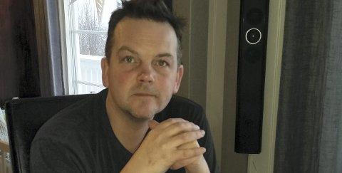 Dikterdebutant: Bengt-Erik Børli gir ut sin første diktsamling etter å ha forsøkt seg som romanforfatter. Eidskog-dikteren Hans var broren til farfaren til Bengt-Erik. Foto: Randi Cecilie Lindvig