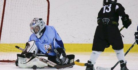 SEAGULLS-KEEPER: Ludvig Espedal sto i mål for Haugesund Ishockeyklubb da det ble arrangert U8/U9-turnering i ishallen i Haugesund tidligere denne måneden.