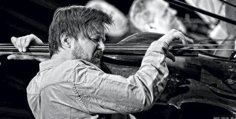 BASSIST: Ole Morten Vågan blir å høre på EnergiMølla førstkommende onsdag kveld.