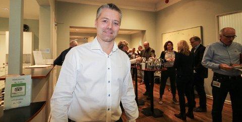 I STØTET: John Riis (47) har gjennom sitt eget selskap 7 Waves i Son flyttet fokus fra olje og gass til havbruk og vind. Det har vist seg å være et lykketreff.