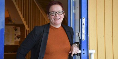 Forlater Sande: Linda Thonhaugen Jensen har sine siste arbeidsdager ved ungdomsskolen i Sande i slutten av mars. I begynnelsen av april starter hun i ny jobb i Horten. FOTO: INGUNN HÅKESTAD BRÅTHEN
