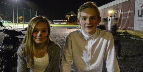 I styret: Henny Langabø (13) og Thomas Strand (15) er begge med på planlegging og gjennomføring av temakveldene.