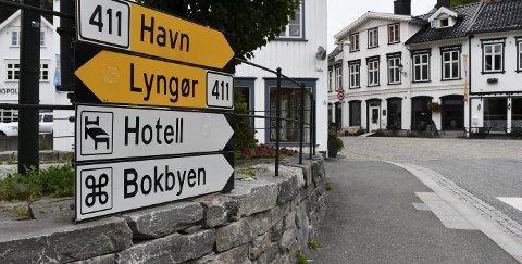 Tøffe tak i Bokbyen: Både Stiftelsen Bokbyen ved Skagerrak og Bokbyen Drift har meldt oppbud. Bokbyen Forlag jobber for å få til løsninger, slik at driften kan fortsette.