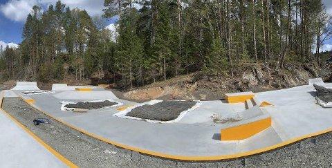 Idrettsanlegg: I tillegg til skateparken blir det både fotballbane og friidrettsanlegg ved den nye skolen.
