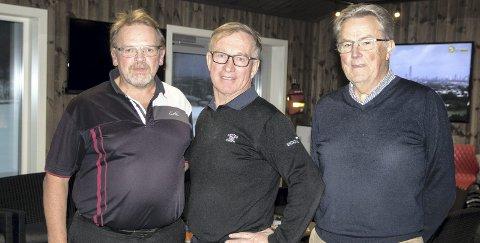 VIKTIG MED GOLF: Bjarne Tellefsen,Tor Gundersen og  Petter Lund i klubbhuset til Soon Golfklubb. ALLE FOTO: TOR-ARNE DUNDERHOLEN