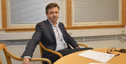RØYSLAND: Det var ikke tett mellom spørsmåla fra politikerne etter at kommunedirekør Trond Aslaksen la frem sitt budsjettforslag, onsdag kveld, men Røysland-spørsmålet fikk noen til å reagere.