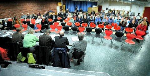 Folkemøte: Arkivbilde fra møte om Aktivitetsbyen i Gudeberg Lokalsamfunnsutvalg. Roger Johannessen mener det ikke står bra til med brukermedvirkningen i de 21 lokalsamfunnsutvalgene i Fredrikstad.