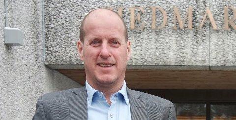 Thomas Breen, fylkesråd i Hedmark, har fått ny jobb i interesseorganisasjonen Norsk vann.