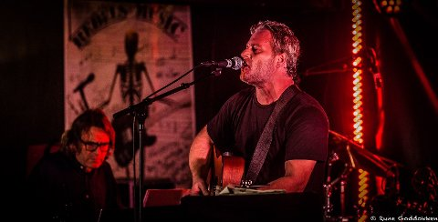 Asle Beck feirer 10 år som artist og spiller i Kjeller´n 27. oktober.
