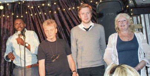 MORSOMME: Anne Fossbråten står her sammen med Zane Khan (fv), Jon Gjerde og Aleksander Øien (ikke til Sponvika) i Drammen tidligere i juni. Foto: privat