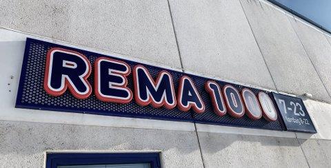 STENGER: Fra 17. april blir det stengt på Rema 1000 i Vadsø.