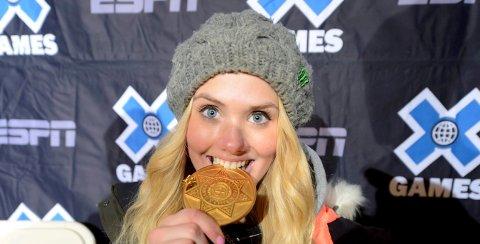 LEGGER OPP: Snøbrettdronningen Silje Norendal har bestemt seg for å legge opp. Her feirer hunett av fire gull i prestisjetunge X-games i Aspen i USA. ALLE FOTO: OLE JOHN HOSTVEDT