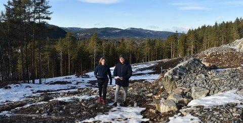 Janne Urheim Bakke og Olav Berget i PK Hus har åpnet for salg i et nytt byggetrinn på Kampestad boområde, det ene av PKs to store eneboligprosjekter.