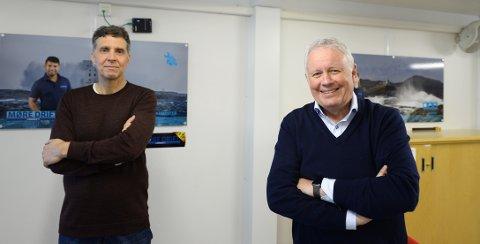 KBKs styreleder Per Otto Dyb (til høyre) kan glede seg over at Kristiansund Ballklubb fikk over 5 millioner kroner fra regjeringens tre krisepakker som ble delt ut i fjor. På bildet står Dyb sammen med Erik Rolfsen. Sistnevnte var dirigent da fotballklubben hadde årsmøte tidligere i vinter.
