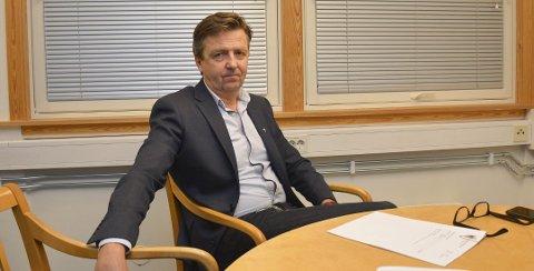 Reagerte: Kommunedirekør Trond Aslaksen I Risør la frem sitt budsjettforslag onsdag kveld, og Røysland-spørsmålet fikk noen til å reagere.