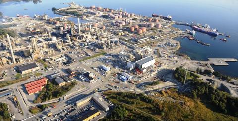 Hit til oljeraffineriet på Mongstad skal oljen frå det nye oljefeltet Johan Sverdrup fraktast.