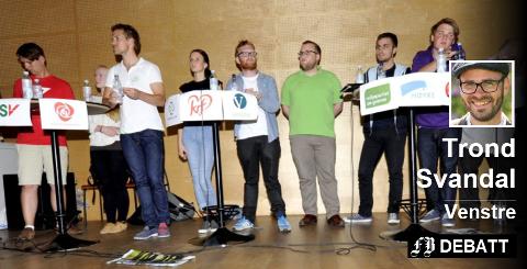 – Hvis vi ikke engasjerer oss, kan vi miste det åpne samfunnet vi vil leve i, frykter Trond Svandal. Bilde fra skolevalget i 2011.