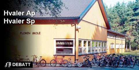 Liv og røre ved Floren skole på Skjærhalden. Det er et bilde Arbeiderpartiet og Senterpartiet i Hvaler ikke vil gi slipp på. Arkivfoto: John Johansen.