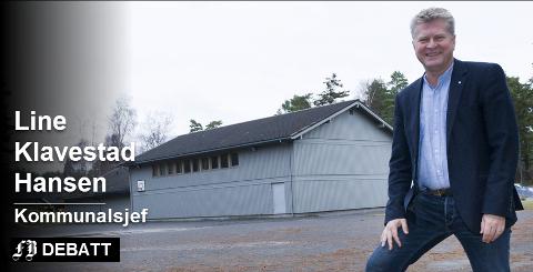 Kommunalsjefen for oppvekst avviser på vegne av rådmann Dag Willien Eriksen beskyldninger om at Hvaler kommune har opptrådt ulovlig og ikke fulgt fylkesmannens pålegg i skolesaken. Nedleggingstruede Floren skole i bakgrunnen. Arkivfoto Trond Thorvaldsen