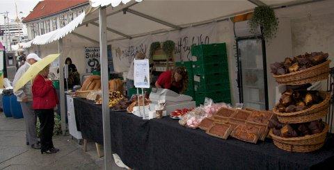 Gjesdal er lit synlig på årets Gladmatfestival. Her er det matproduseneter fra Ryfylke som viser seg fram i 2012 (arkivfoto: Ingvild Lygren/Strandbuen).