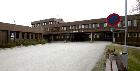 FORETAKSSTRAFF: Riksadvokaten har omgjort henleggelsen av saken mot Sonjatun og Nordreisa kommune.