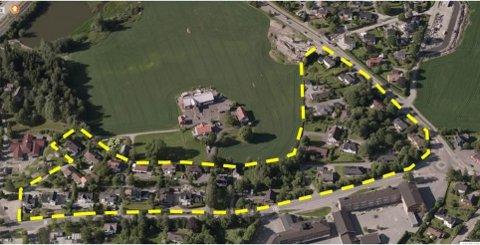 MÅ TROLIG VIKE: Bebyggelsen som i dag ligger nord for Kirkeveien må trolig vike for blokker.