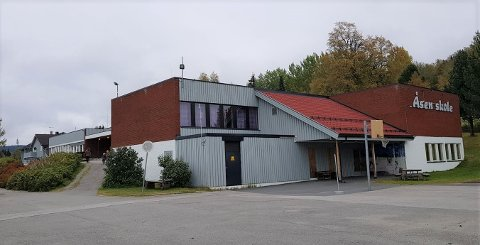 RISIKERER TVANGSMULKT: Åsen skole.