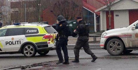 I flere timer ble elevene holdt igjen i klasserommene på grunn av en trussel ved Porsgrunn videregående onsdag.