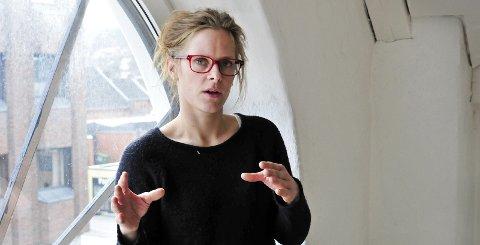 VIL INSPIRERE: Thea  Fjørtoft er en av tre instruktører på Filmcamp Jomfruland. Hun har bakgrunn både som                       skuespiller og profesjonell stuntkvinne. Foto: Anne-Lise Surtevju