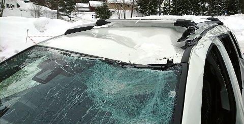 STORE SKADER: Takras ødela denne bilen.