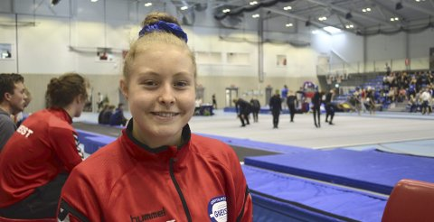 17 år gamle Iril Grongan fra Gneist er en av fire bergensere som er tatt ut i den norske troppen til Europamesterskapet i troppsgymnastikk, som arrangeres i Portugal neste måned.
